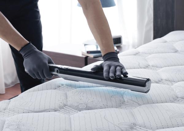 step-7-mattress-cleaning-services-uv-sterilisation-coway-prime